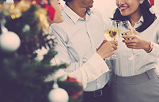 3 Unconventional Ways to Break the Ice at Holiday Networking Events